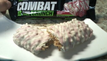 Muscle Pharm Combat Crunch Protein Bar Collection Review